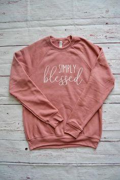 Sweatshirt for Women Grunge Style, Soft Grunge, Tokyo Street Fashion, Le Happy, Christian Clothing, Christian Shirts, Cute Sweatshirts, Cute Shirts, Mom Shirts