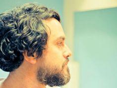 """Na quinta, 18, às 21h30, o Sesc Pompeia recebe Wado em show de lançamento de seu mais novo CD """"Vazio Tropical"""", com as participações especiais de Marcelo Camelo, Momo e Cícero."""