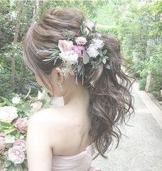 高めの位置のポニーテールの髪型・ブライダルヘアまとめ | marry[マリー]