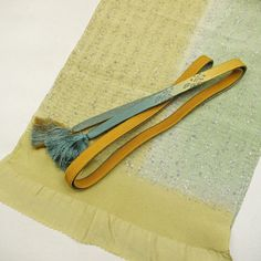 Brown obijime and obiage set / 抽象柄の帯揚げと帯締めのセット   #Kimono #Japan http://global.rakuten.com/en/store/aiyama/