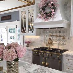 Home Interior Cuadros .Home Interior Cuadros Interior Design Career, Decor Interior Design, Interior Decorating, Interior Lighting, Luxury Interior, Home Decor Kitchen, Warm Kitchen, Beautiful Kitchens, Cool Furniture