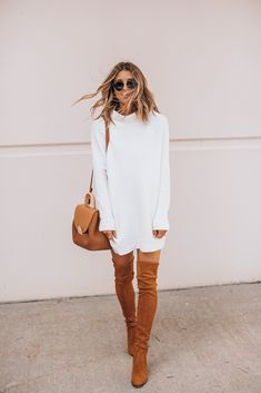 sweater dresses for fall Cozy Fashion, Fall Fashion Outfits, Autumn Fashion, Fashion Ideas, Fashion Beauty, Fashion Inspiration, Winter Boots Outfits, Classy Winter Outfits, White Oversized Sweater