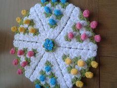 Üç boyutlu lif yapımı Crochet Mandala, Crochet Doilies, Crochet Baby, Knit Crochet, Crochet Videos, Little Babies, Diy And Crafts, Crochet Patterns, Kids Rugs