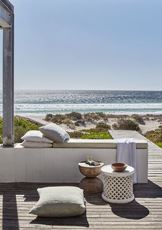 Coastal style: ideas from a Cape Town beach house. Photography by Greg Cox. Production by Sven Alberding. Coastal Homes, Coastal Living, Coastal Style, Coastal Decor, Outdoor Spaces, Outdoor Living, Outdoor Decor, Parasols, Beach Shack