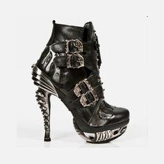 Skulls n Wheels - Boots - Shoes - Sandals - Woman 3c9f23d1995a