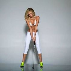 Paulina Gretzky is sexy Golf Digest cover Paulina Gretzky, Sexy Golf, Girls Golf, Ladies Golf, Golf Digest Cover, Pin Up, Athletic Girls, Perfect Golf, Golf Humor