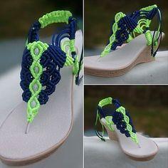 ♥♥♥ ¿Por qué deberías tener estas sandalias? ☆☆☆☆☆ ¡Pueden hacerse completamente a gusto del cliente! - elección de colores; - elección de patrones ☆☆☆☆☆ ¡El tejido se mantiene firme en la pierna sin crear incomodidad! ☆☆☆☆☆ ¡Macramé hecho a mano hermoso y profesionalmente hecho a