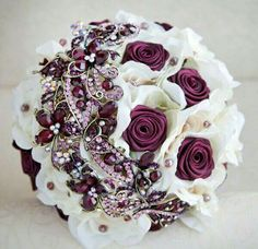 Ivory and burgundy wedding brooch bouquet Wedding Brooch Bouquets, Bride Bouquets, Hand Bouquet, Burgundy Wedding, Bridal Flowers, Marie, Dream Wedding, Ideas Originales, Absolutely Stunning
