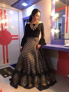 What a lovely black lehenga Lehenga Designs, Kurti Designs Party Wear, Saree Blouse Designs, Golden Blouse Designs, Indian Attire, Indian Outfits, Stylish Dresses, Fashion Dresses, Black Lehenga