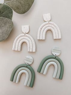 Diy Earrings Polymer Clay, Fimo Clay, Polymer Clay Charms, Clay Design, Bijoux Diy, Clay Creations, Clay Crafts, Fall Jewelry, Projects