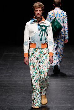 Walter Van Beirendonck Spring 2016 Menswear Fashion Show