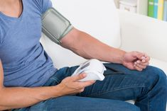 How to Check Someone's Blood Pressure Manually