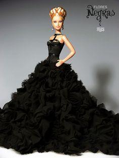 Barbie (Black Flowers) VENDIDA