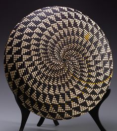 basket illusion - David Nittmann  (Tupelo wood)