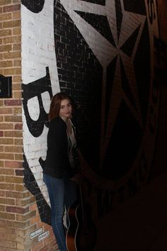 Voice contestant Reagan James at Old Texas Brewing Company in Old Town Burleson, Texas. Photo taken by Cindy Benjamin Redemann