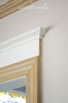 How to Add Moulding to Doors   Edith u0026 Evelyn   .edithandevelynvintage.com & DIY: How to Add Crown Molding to Door and Window Headers - excellent ...