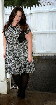 Full Figured & Fashionable: JENNIFER LAWRENCE!  Plus size fashion for women Plus Size Fashion Blogger Full Figured & Fashionable Plus Size OOTD Plus Size Fashion http://fullfiguredandfashionable.blogspot.com/