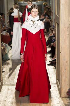 Valentino at Couture Fall 2016 - Runway Photos