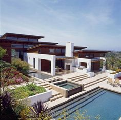 Hilltop House, with am amazing pool. By Safdie Rabines Architects