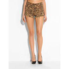 Jeans High Rise Leopard Denim Cotton    Durch den Leoprint bekommen die Jeansshorts eine lässig-luxuriöse Optik: eine Traumkombination! Der rockige Style dieser Skinny bekommt durch eine Lederjacke einen exzentrischen Touch.    Offenkantiger Saum.  Innere Beinlänge ca. 7 cm.  97% Baumwolle 3% Lycra.  Maschinenwäsche bei 30°....
