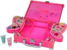 Winx Glam Make Up Case by Winx. $19.99. From the Manufacturer                Get dolled up with the Winx Club Glam Makeup Case. This stylish, translucent pink case features wing-shaped palettes with 20 pots of play makeup and two glitter gel tubes. Keep all of your beauty essentials in the compartment beneath the extendable wing trays. An on-the-go primp and play case.                                    Product Description                Girls can now get dolled up with t...