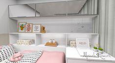 Dormitório de solteiro com bancada multiuso para estudos e make 💕 #micheleravadeli #inteiordesign #interiordesigner #design #designer…