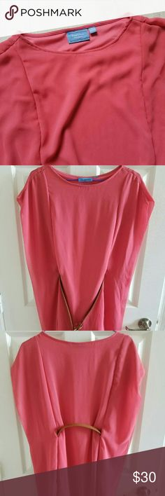 Vera Wang Dress Very nice coral color, new without tag. Belt doesnt come with it Vera Wang Dresses Midi