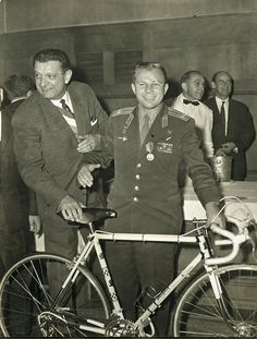 Youri Gagarine First Man In Space with his Peugeot PX10 1963
