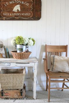 Wood, baskets, white, linen.  Perfection