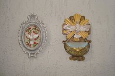 Atelier de Arte Julainne: Espirito Santo - moldura e porta água benta