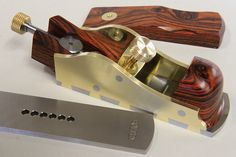 Holtey Classic Handplanes - Details and photographs of the Thumb Infill plane made by Karl Holtey. Lumber Storage, Tool Storage, Woodworking Planes, Woodworking Bench, Welding Projects, Woodworking Projects, Wood Plane, All Tools, Antique Tools