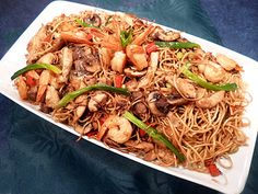 Découvrez la recette Nouilles chinoises au poulet et crevettes en image ! à la plancha, Asiatique, Pâtes et plus encore... Aimer cuisiner, sans être un grand chef avec des recettes faciles, originales et authentiques. A déguster et partager !