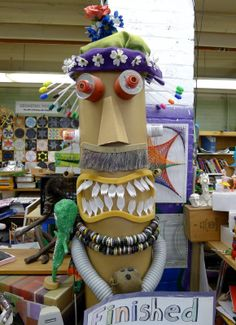 Welcome to Stacy's World Recycled Art Projects, Stem Projects, Recycled Crafts, Group Projects, Recycled Materials, School Projects, Totem Poles For Kids, Monster Crafts, Pole Art