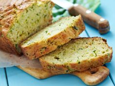 Glutenvrij courgettebrood -  Ik had geen sorghum meel in huis dus deze vervangen voor bruine rijstmeel, smaakte erg lekker!