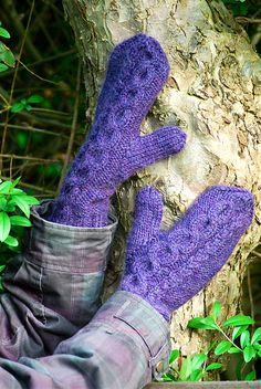 Ravelry: Validus mittens pattern by Katja Ottosson #knit