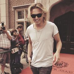 Jamie Campbell Bower.. Very attractive in a weird way... ;P Can't wait to see him as Jace Wayland!