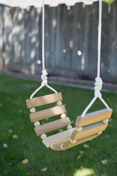 Diy Furniture Plans Wood Projects, Outdoor Garden Furniture, Furniture Decor, Diy Projects, Sewing Projects, Woodworking For Kids, Beginner Woodworking Projects, Woodworking Plans, Woodworking Jigsaw