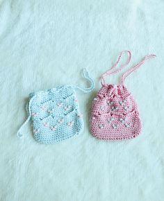 Beaded Mini Crochet Drawstring Pouch- Free Pattern