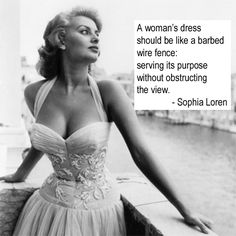Sophia Loren in Venice, 1955 I miss the days when motion picture companies groomed their actors. I know it's old fashioned and women have come a long way, but think this - and then think Perez Hilton. Epitome of Old Hollywood Glamour Glamour Hollywoodien, Old Hollywood Glamour, Vintage Glamour, Vintage Hollywood, Vintage Beauty, Vintage Fashion, Old Hollywood Style, Vintage Vogue, 1950s Fashion