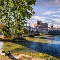 Lungotevere, ROMA   Fotografia di @paolo.schiano