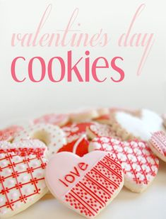 Valentine's Day Cookies - Awesome dough that doesn't spread is perfect for cookie cutters! #Cookie #Recipe