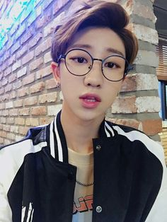 STAHP MINGHAO. STOP BEING SO STINKING CUTE