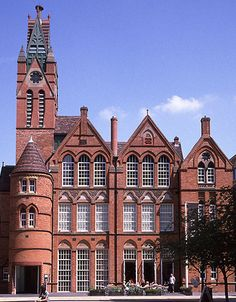 Ikon Gallery (former Oozell Street School) by Victorian Society