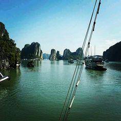 베트남여행중에만난하롱베이...😊 #지구여행#퍼스#호주#베트남#하롱베이#여행#추억#감성