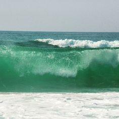 #mimizan  #mimizanplage  #landes  #ocean #vague  Il ne manque plus que le bruit... 😍