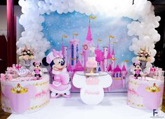 Minnie Mouse Winter Birthday Party Ideas