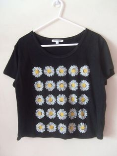 shirt daisies daisies top pretty perfecto t-shirt daisy summer black flowers white blouse black