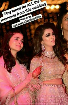 Bollywood actress Alia bhatt at her friends marriage<br> Bollywood Outfits, Bollywood Fashion, Bollywood Celebrities, Bollywood Actress, Alia Bhatt Cute, Nigerian Weddings, Indian Wedding Outfits, Wedding Wear, Wedding Reception