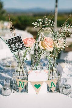 Rustic decor: http://www.stylemepretty.com/little-black-book-blog/2015/04/03/rustic-elegant-vine-hill-house-wedding/ | Photography: This Love of Yours - http://thisloveofyours.com/