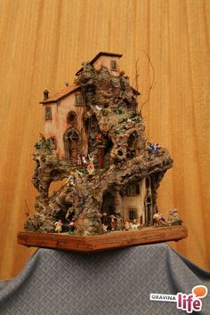 Diy Paper, Wood Watch, Nativity, Decoupage, Mario, Christmas Village Display, Shipping Container Cabin, Natural Materials, Gardens